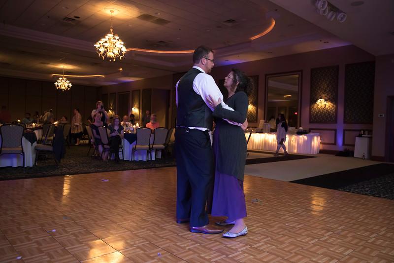 Amanda & Tyler Wedding 0804.jpg
