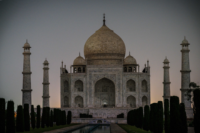 Taj-Mahal-Moonlight-1302-HDR.jpg
