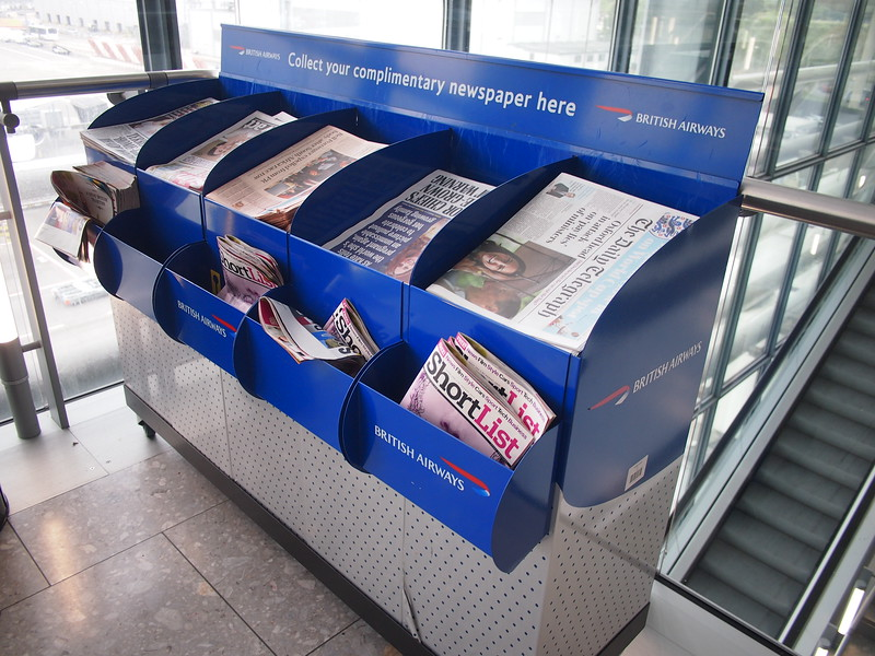 P9056258-fre-newspapers.JPG