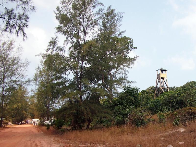 P1317288-old-watchtower.JPG