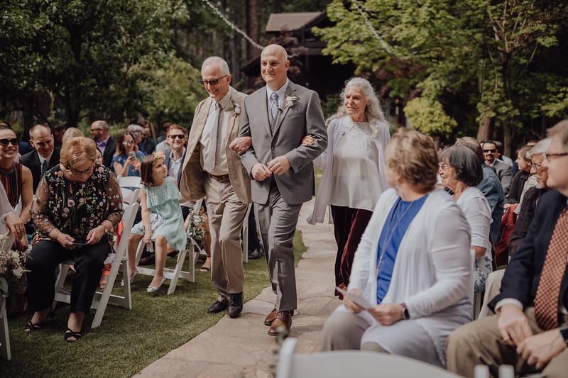 2018-05-12_ROEDER_JulieSeth_Wedding_ROEDER1_0080.jpg