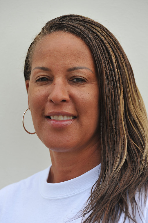 . Serra\'s coach Lori Smith-Thompson, Track and Field. June 12, 2009.  Photo by Steve McCrank