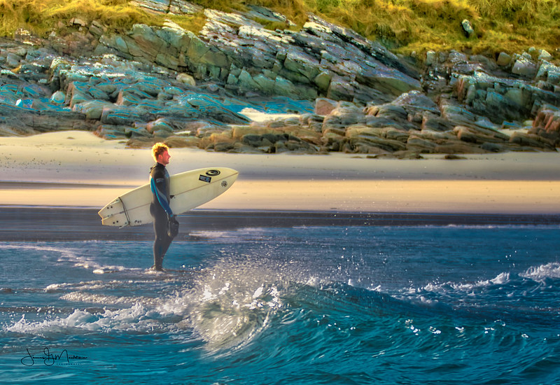 surfer watches.jpeg