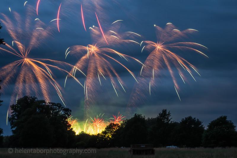 Newby fireworks 2017-33.jpg