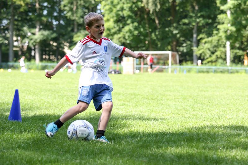 hsv_fussballschule-225_48048026552_o.jpg