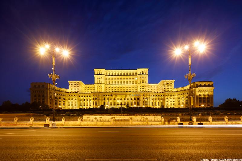Bucharest-IMG_8921-web.jpg