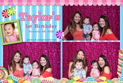 Taylor's 1st Birthday (Mini Open Air Photo Booth)