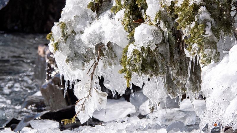 Sleeping-Giant-Provincial-Park-Winter-Hiking-32.jpg