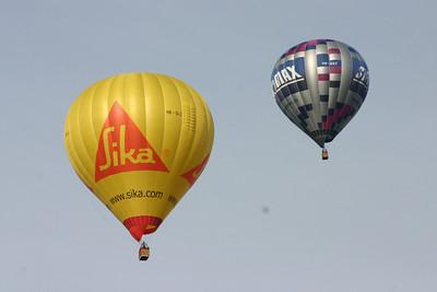 2008-04-26 Hot air balloons