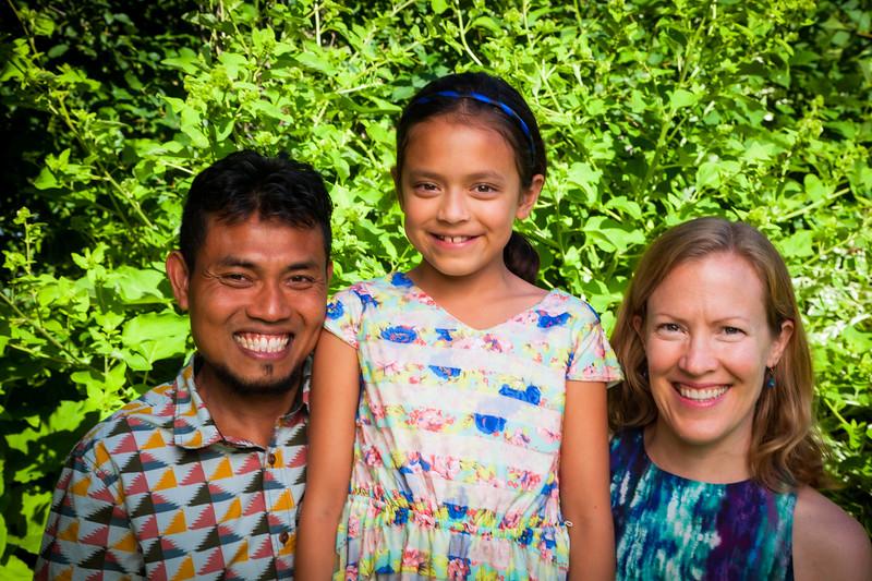 Sonja and Family-19.jpg