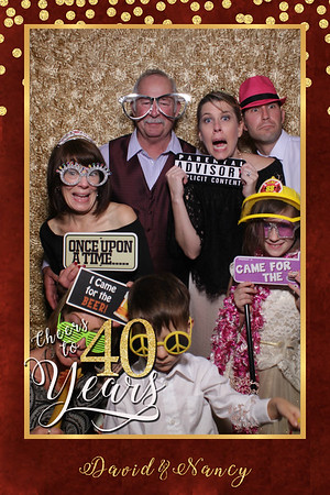 Nancy and David's 40th Anniversary Mirror Photo Booth