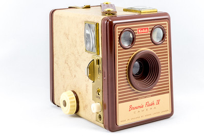 Kodak Brownie Flash IV, 1957
