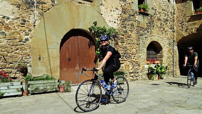 cycle-tour-girona-3.jpg