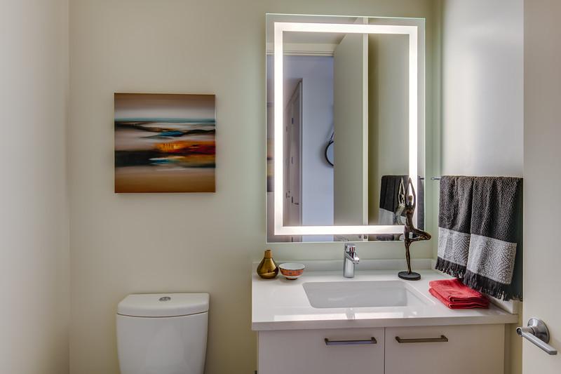 Bathroom 3-IMG_4877_enfB.jpg
