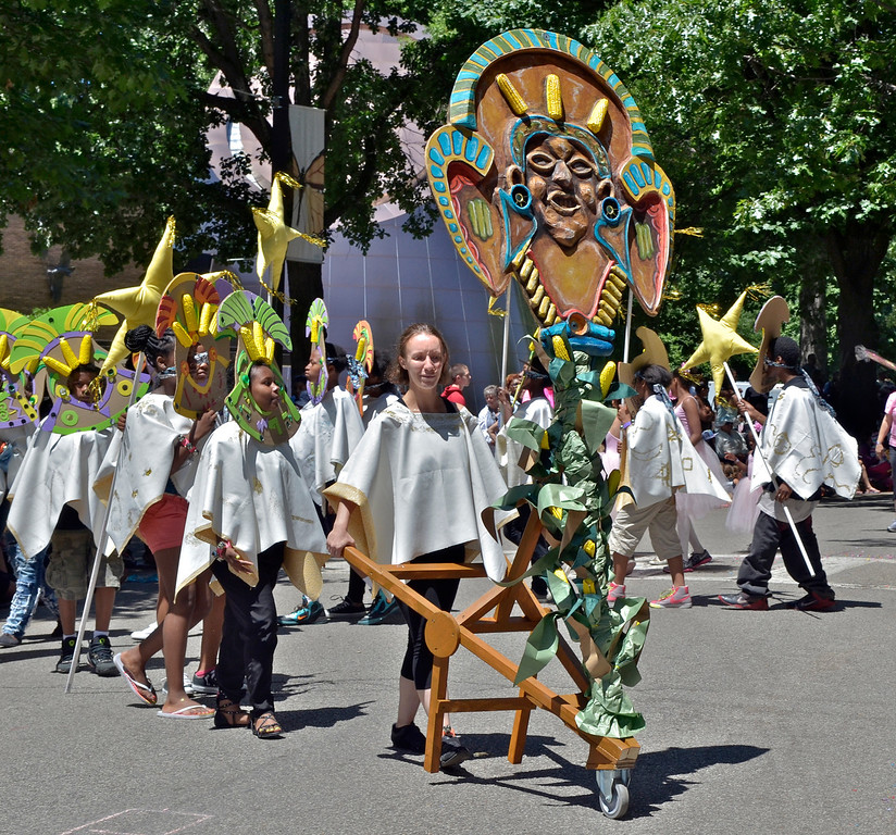 """. Jeff Forman/JForman@News-Herald.com Cleveland School of the Arts \""""Corn\"""" at the Cleveland Museum of Art 25th annual Parade the Circle June 14 in University Circle."""