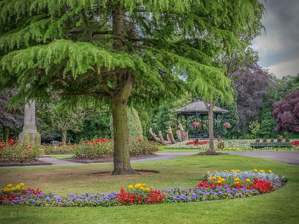 Spa Gardens and Alice-2.jpg