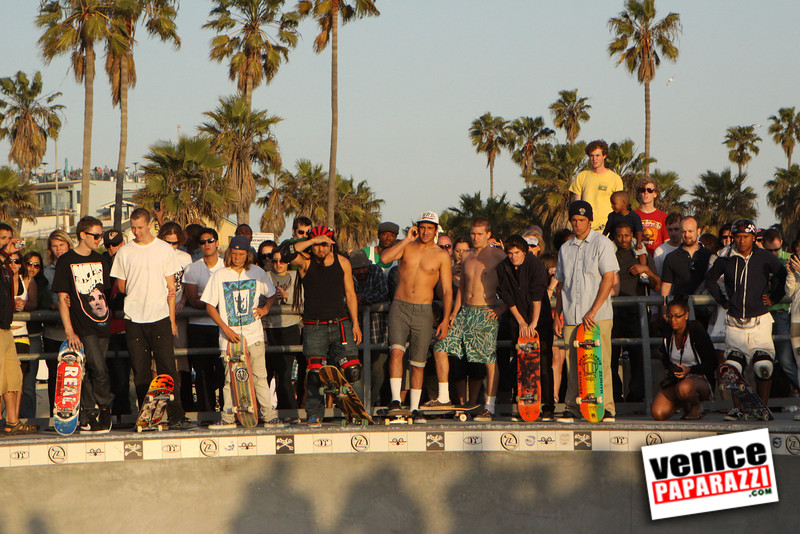 Venice Paparazzi is an on-line photo archive and event listing for Venice, CA.  http://www.venicepaparazzi.com.  For more Venice skate information visit http://www.venicepaparazzi.com/activities_more.php?id=6644