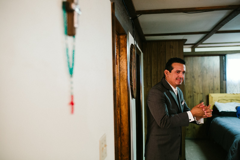 Preparations and pre-ceremony photography for Erika & Raul's wedding at Saints Peter & Paul Catholic Church in Rockford. Wedding photographer – Ryan Davis Photography – Rockford, Illinois.