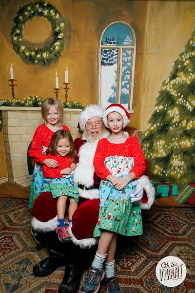 Pictures with Santa @Earthbound 12.1.2018-059.jpg