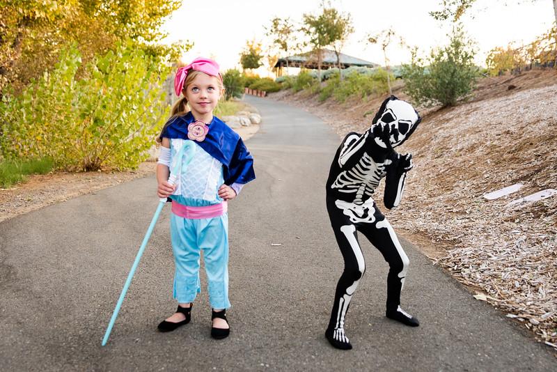 Colton and Paisley Halloween 2019-9050.jpg