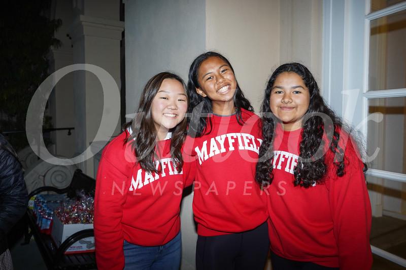 09177 Iris Yoo, Michelle Cheng and Camila Torres.jpg