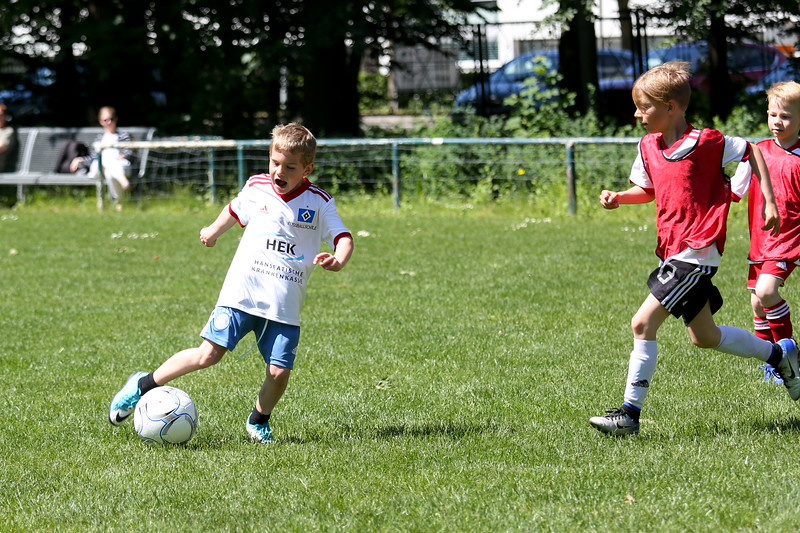 hsv_fussballschule-515_48047958776_o.jpg