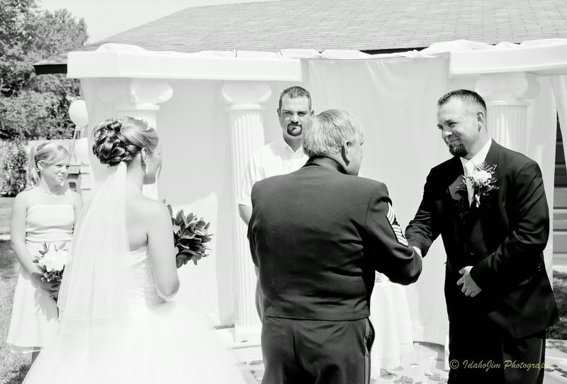 Jenkins Wedding Photos B&W-47.jpg