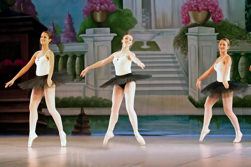 dance_052011_016.jpg