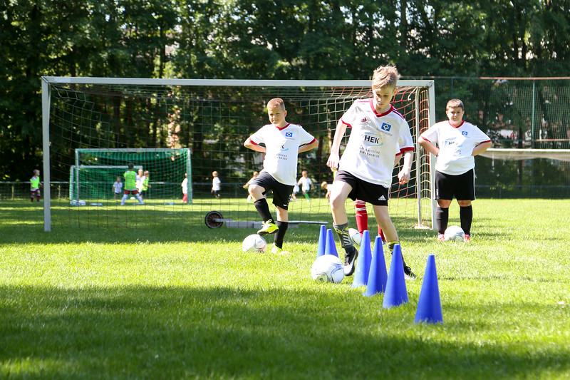 hsv_fussballschule-298_48048034152_o.jpg