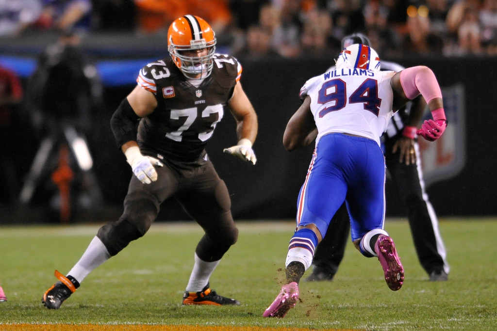. Cleveland Browns tackle Joe Thomas (73) during an NFL football game against the Buffalo Bills on Thursday, Oct. 3, 2013 in Cleveland. The Browns won 37-24. (AP Photo/David Richard)