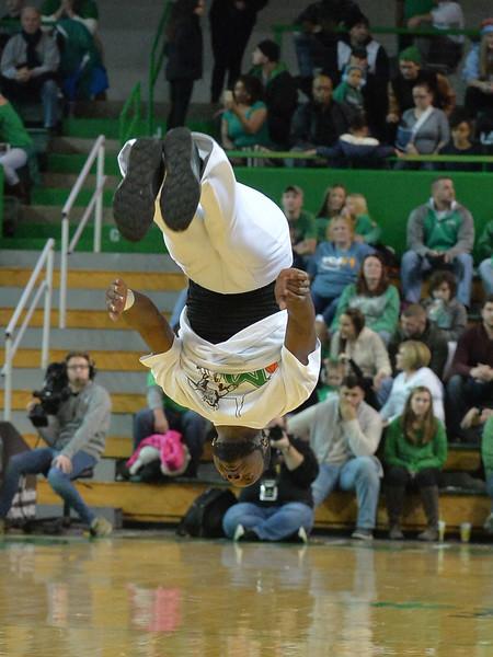 cheerleaders3054.jpg