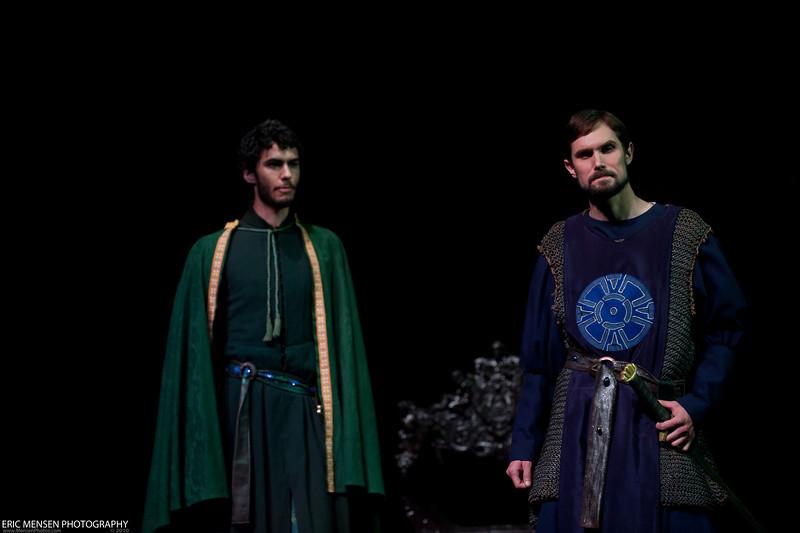 Macbeth-256.jpg