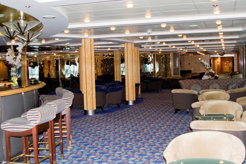 Mariner Lounge-Celebrity.jpg