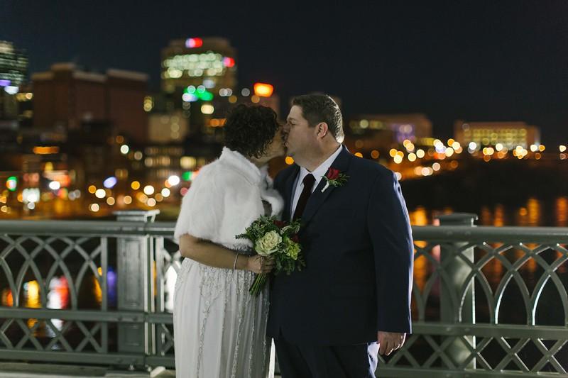 29_Steve+Laurie_Wedding.jpg