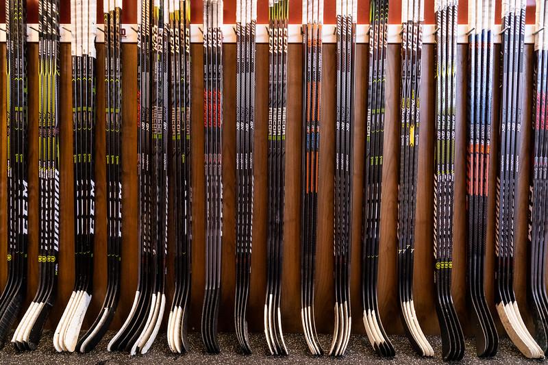 20181103-DU-Hockey-RibbonCutting-30.jpg