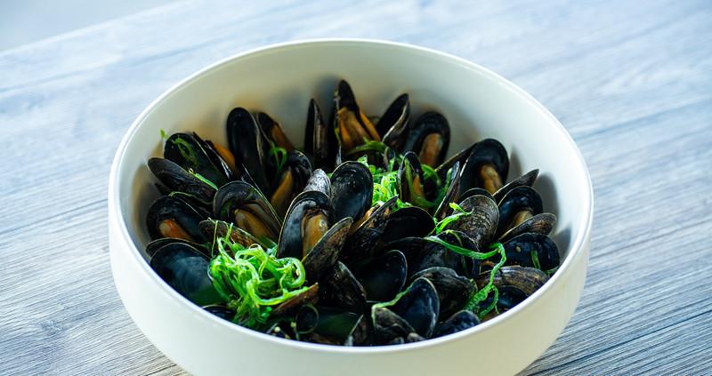 Prince Edward Island Mussels.jpg
