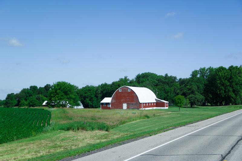 Minnesota Barn, US-71