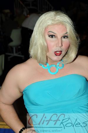 Drag Queen Bingo at the Golden Apple