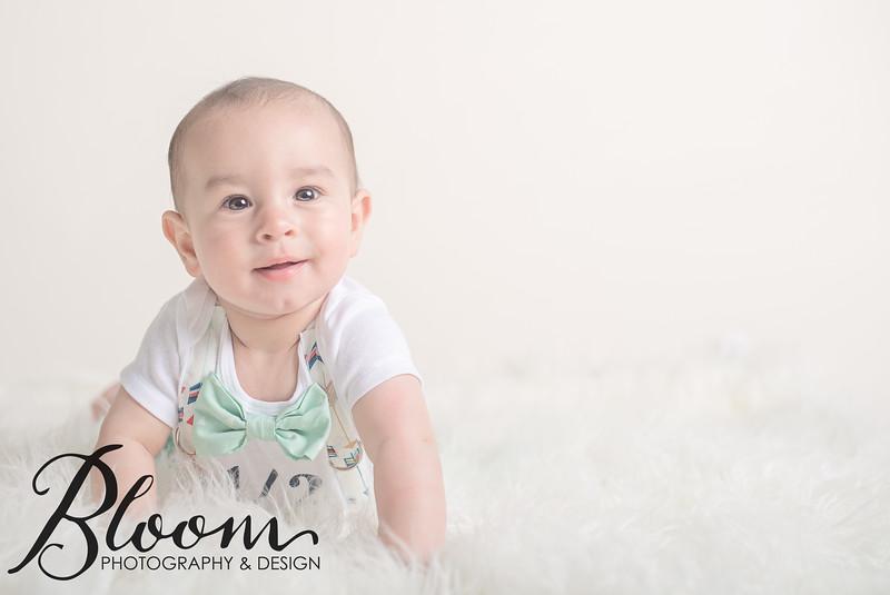 Newborns-101004-2.jpg