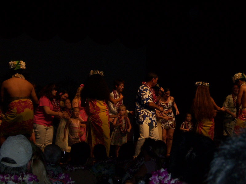 And some entertainment at the luau.  That's your host Ron Ho.  (they couldn't afford Don Ho).