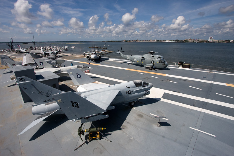 USS Yorktown Flight Deck.jpg