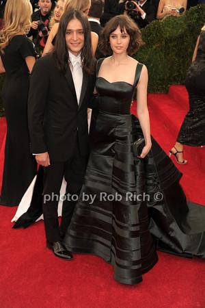 Olivier Theyskens and  Felicity Jones  photo by Rob Rich © 2014 robwayne1@aol.com 516-676-3939