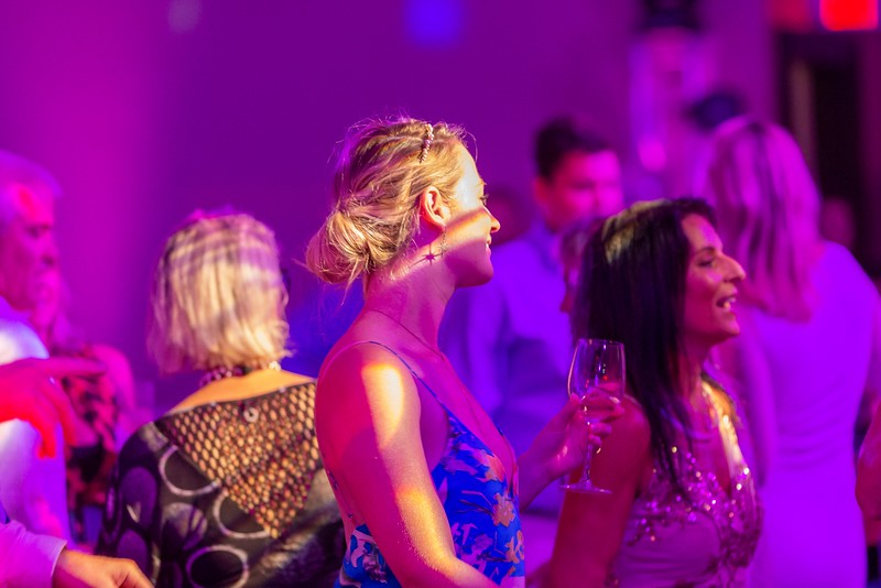2019_11_Yachtail_Party_01521.jpg