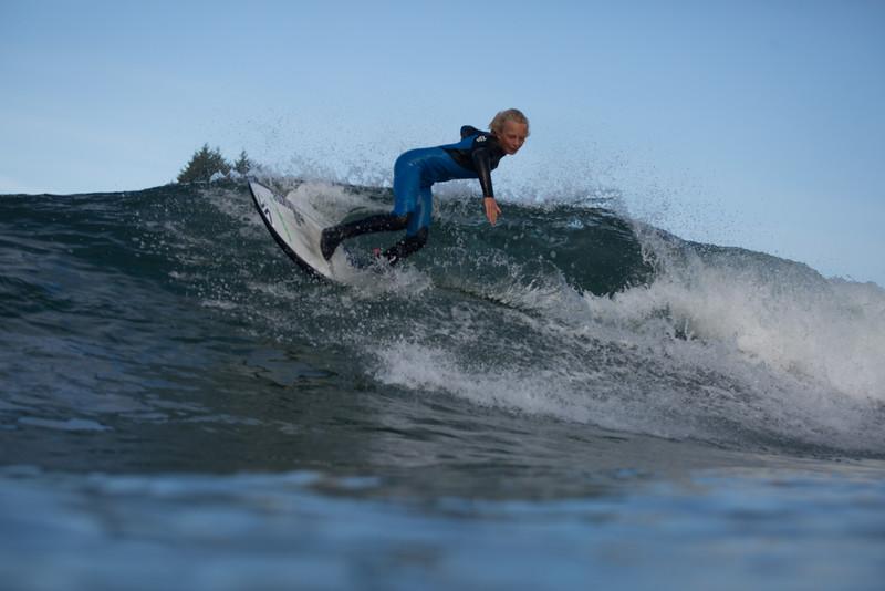 150906_Tofino_AM_Surf_7434.jpg