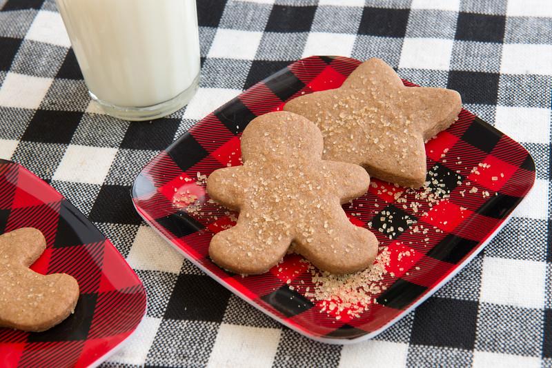 gingerbreadcookiesDec2016.jpg