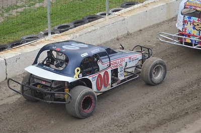 Cornwall Motor Speedway - 6/12/16 - Rick Young