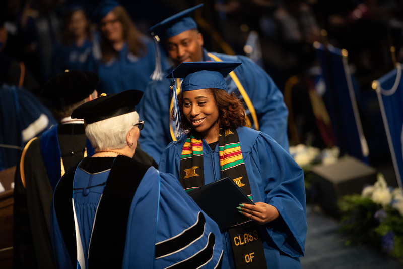 May 11, 2018 commencement-1977.jpg