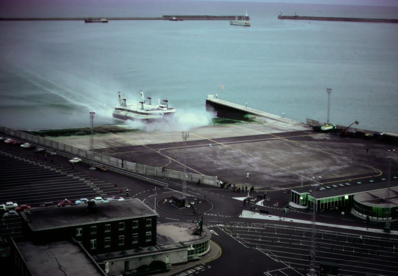700815 Hover Port Dover 12-15.jpg