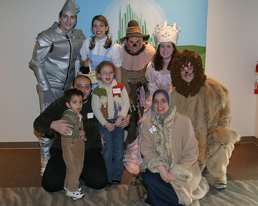 2008 Wizard of Oz with Gee Character Photos