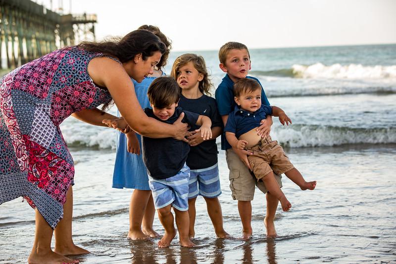 Family beach photos-112.jpg